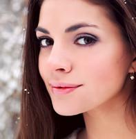 Уход за волосами зимой: решение проблем, маски