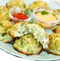 Наггетсы в духовке из брокколи с сыром